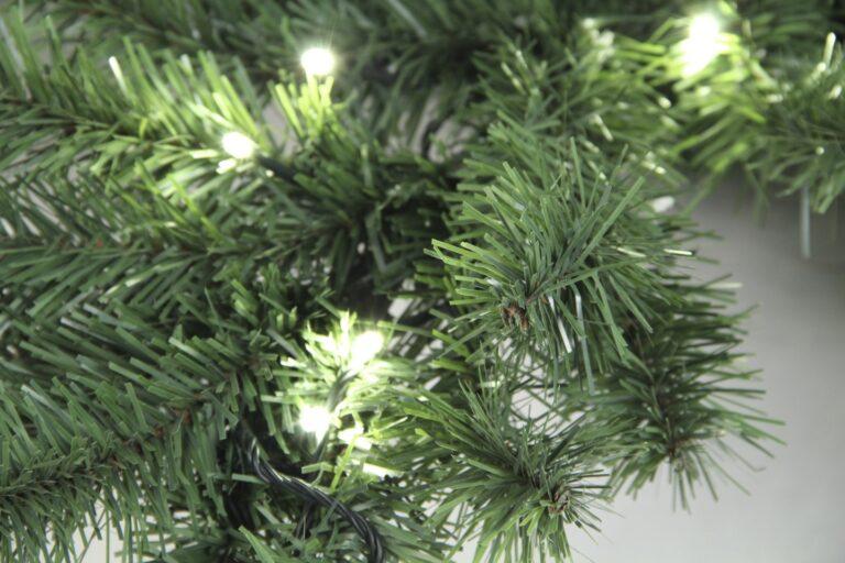 Basic Tree Warm Bordeaux 180cm-1719